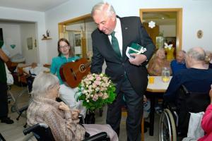 Vilits Maria - 105 Geburtstag mit Landeshauptmann_DSC7319 bearb